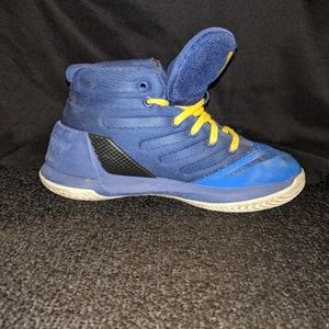 Under Armour sneakers size 12 boys